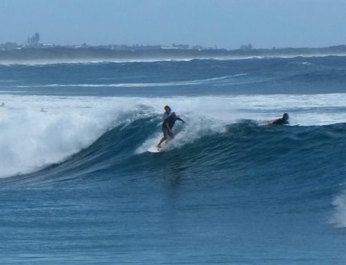 Look closely only one board two guys #cabarita #undoctored #wherestheotherboard?